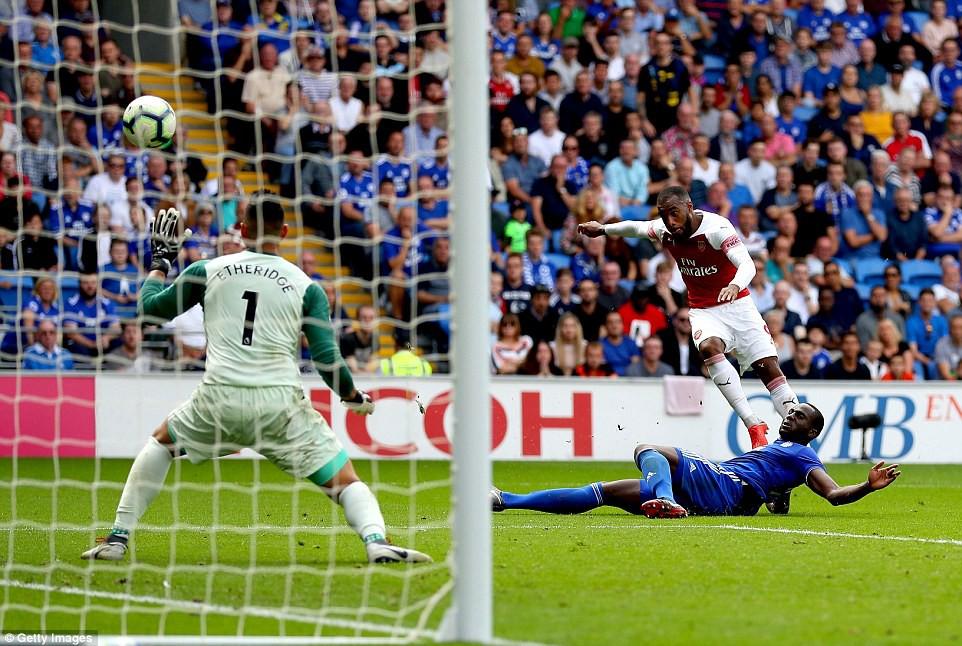 Thống kê siêu khủng của Pháo hai nòng và Top 5 điểm nhấn trận Arsenal - Cardiff City - Ảnh 4.
