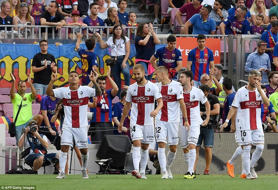 Messi, Suarez và top 5 điểm nhấn ấn tượng trong chiến thắng hủy diệt 8-2 của Barcelona trước Huesca - Ảnh 6.