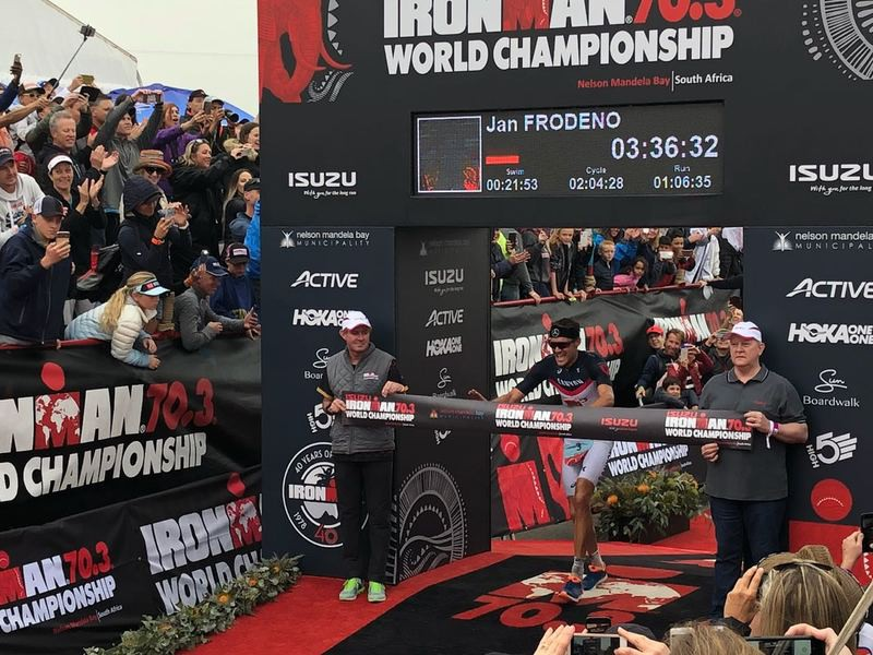 Ironman 70.3 World Championship: Jan Frodeno đánh bại 2 siêu sao Olympic - Ảnh 9.