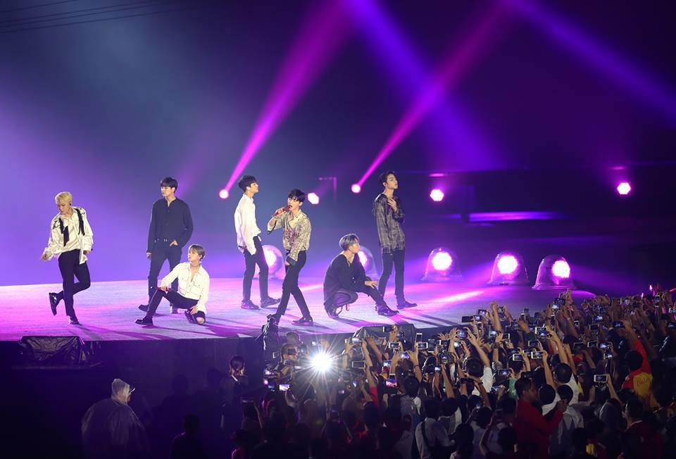 Ngôi sao K-Pop khuấy động lễ bế mạc ASIAD 2018 - Ảnh 2.