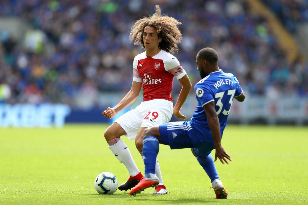 Top 5 bản hợp đồng gây choáng váng với màn ra mắt ấn tượng ở Ngoại hạng Anh 18/19 - Ảnh 5.