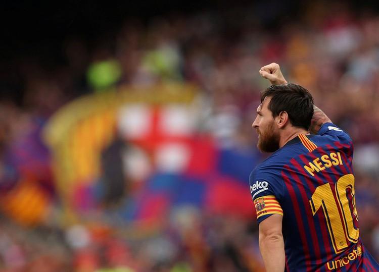 Khi Ronaldo tịt ngòi, Messi bùng nổ khó tin như để mỉa mai giải FIFA The Best 2018  - Ảnh 6.