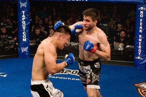 5 trận chiến kinh điển của hạng Welterweight UFC - Ảnh 3.