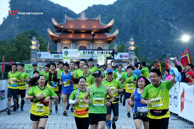 Tràng An Marathon 2018: Những nụ cười và niềm hạnh phúc trong mưa - Ảnh 1.