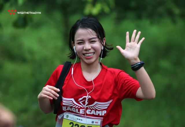 Tràng An Marathon 2018: Những nụ cười và niềm hạnh phúc trong mưa - Ảnh 8.