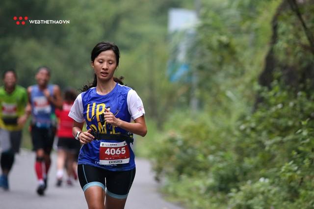 Tràng An Marathon 2018: Những nụ cười và niềm hạnh phúc trong mưa - Ảnh 4.