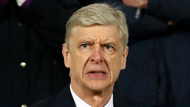HLV Wenger đang nghĩ gì về tương lai?