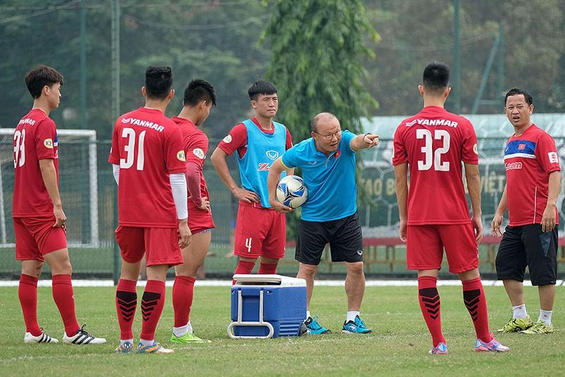 HLV Park Hang Seo đang đối diện nguy cơ bị loại sớm khỏi VCK U23 châu Á 2018