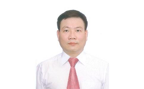 Bác sỹ Lê Thanh Tùng