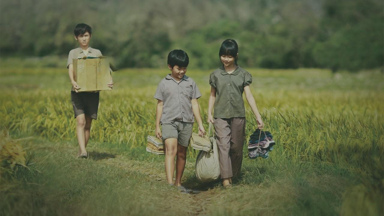 6.  Tôi thấy hoa vàng trên cỏ xanh  trở thành bộ phim đầu tiên của mô hình Nhà nước đầu tư, tư nhân sản xuất tạo được tiếng vang về chất lượng nghệ thuật, hiệu ứng xã hội và hiệu quả kinh tế.