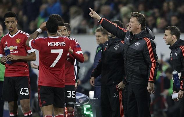 Việc Van Gaal ghi chép các sai sót của cầu thủ đã phản tác dụng
