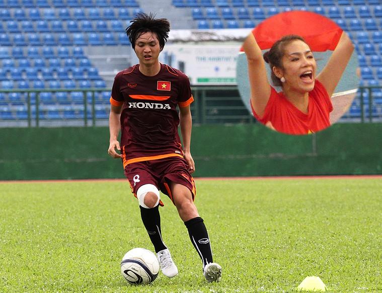 Nữ tướng Yến ''Lá Đỏ'' (ảnh nhỏ) của Hội CĐV VFS cho rằng Tuấn Anh xứng đáng với danh hiệu Cầu thủ trẻ xuất sắc nhất năm 2015