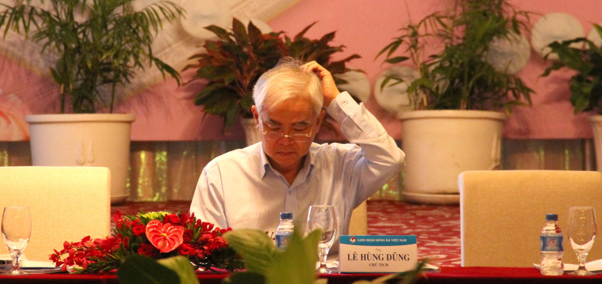 Dấu ấn 'khó phai' nhất năm 2015 của Chủ tịch VFF Lê Hùng Dũng hóa ra lại là những lùm xùm về tố cáo nhận hối lộ