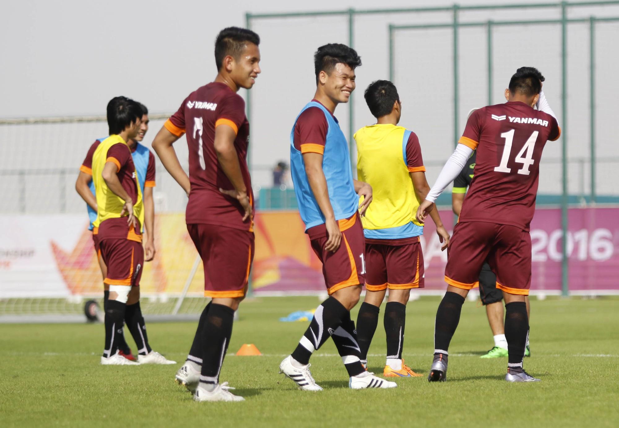 Dự kiến U.23 VN sẽ chốt danh sách 21 cầu thủ tham dự VCK U.23 châu Á sau buổi tập tối nay (10/01)