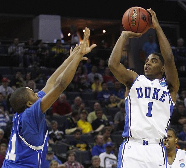 Nhà vô địch NBA 2016 trong màu áo của Duke Blue Evils