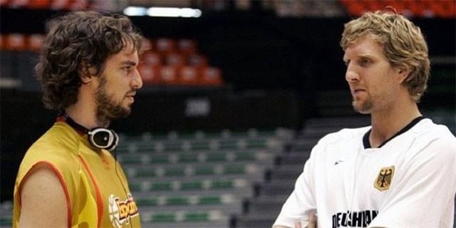 Dirk Nowitzki và Pau Gasol (trái) - 2 siêu sao lão tướng cùng có mặt trong nhóm free agent năm nay.