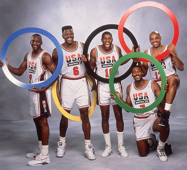 Các thành viên trong Dream Team 1992.
