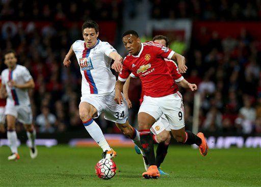 Các ngôi sao Man Utd có nguy cơ bị giảm 20% lương nếu đội nhà chỉ được dự Europa League.