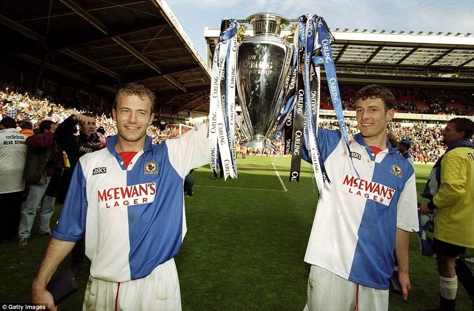 Blackburn Rovers đoạt ngôi vô địch Premier League năm 1995.