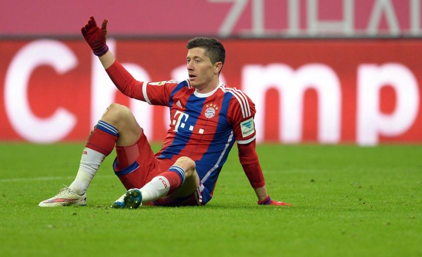 """Lewandowski đang mất duyên ghi bàn với 7 trong 8 trận ở Champions League bị """"tịt ngòi"""" khi rời Allianz Arena"""