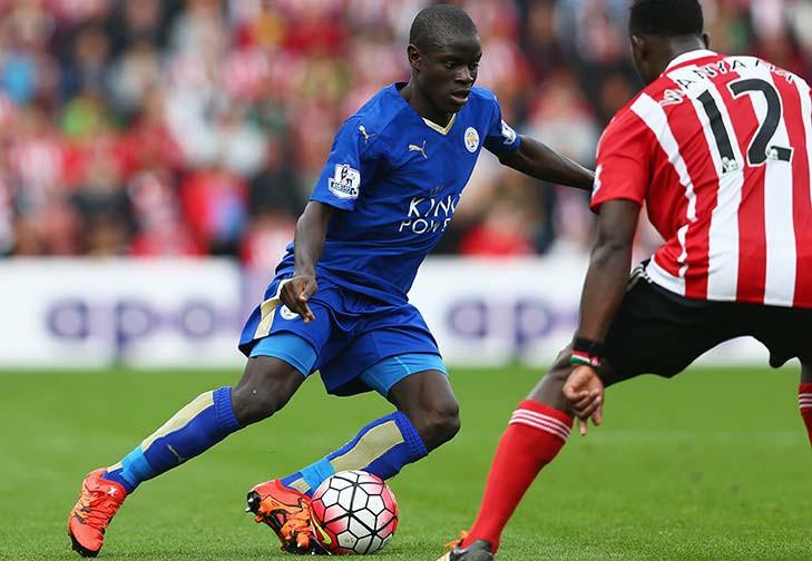 Chelsea và Arsenal có cơ hội chiêu mộ tiền vệ N'Golo Kante (Leicester).