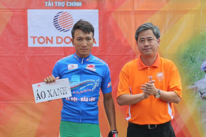 Nguyễn Thành Tâm soán ngôi Lê Văn Duẩn ở giải Áo xanh