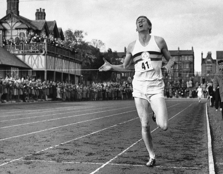 Roger Bannister: ''Tôi thích được mọi người nhớ đến công việc của một bác sĩ thần kinh hơn là sự nghiệp chạy bộ''