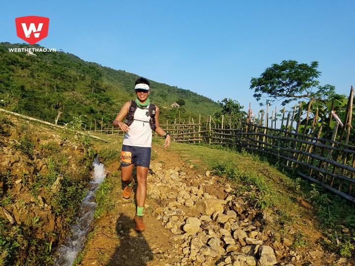 Các VĐV quốc tế rất hào hứng với đường chạy có một không hai giữa khung cảnh hùng vĩ của núi rừng