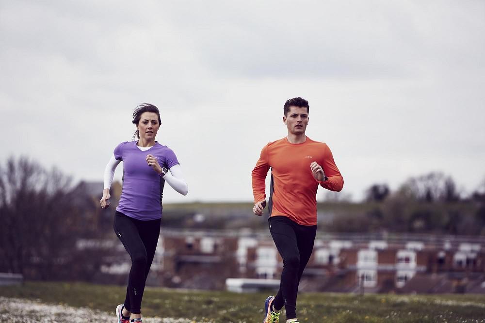Cần giữ ấm trước và trong khi chạy khi chạy giữa trời rét dưới 10 độ