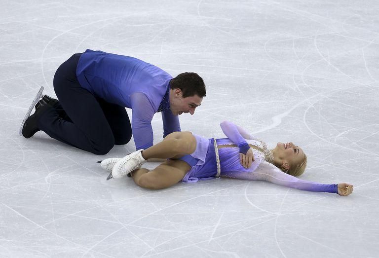 Aliona Savchenko và Brono Massot