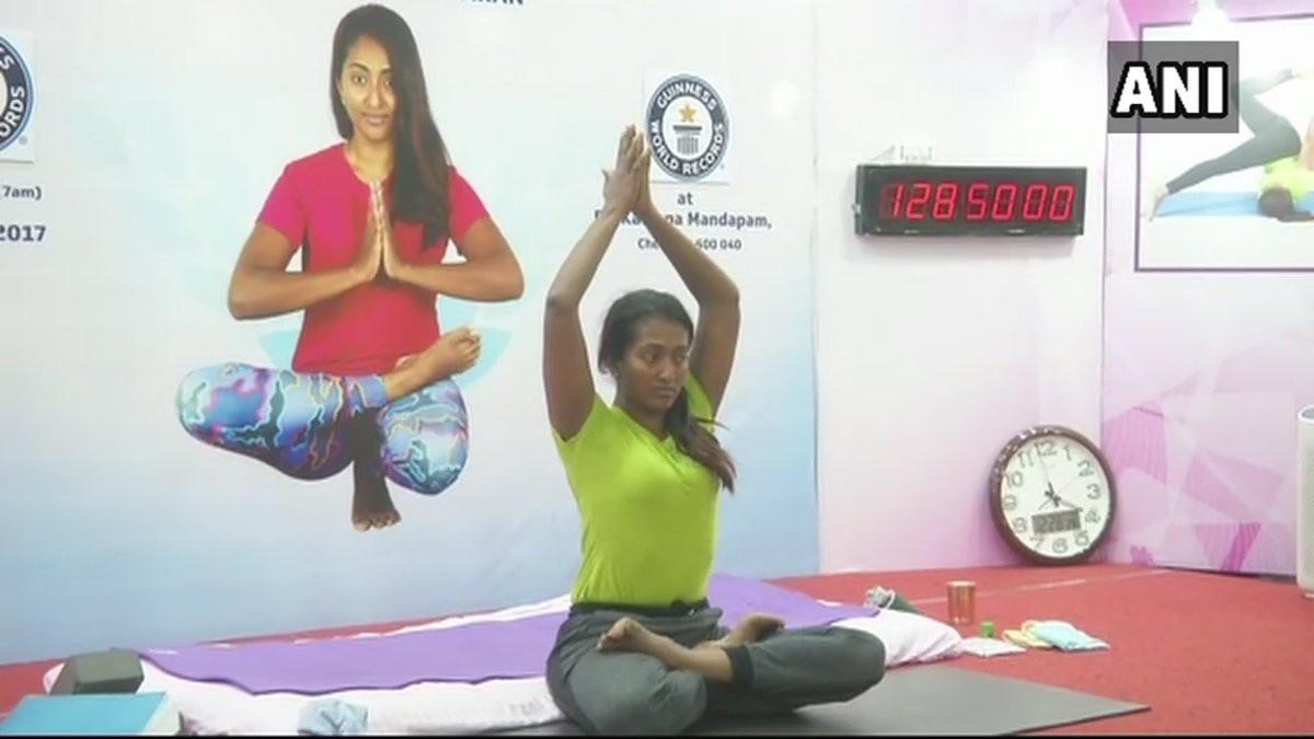 17 năm tập yoga giúp Kavitha có độ dẻo dai đáng kinh ngạc