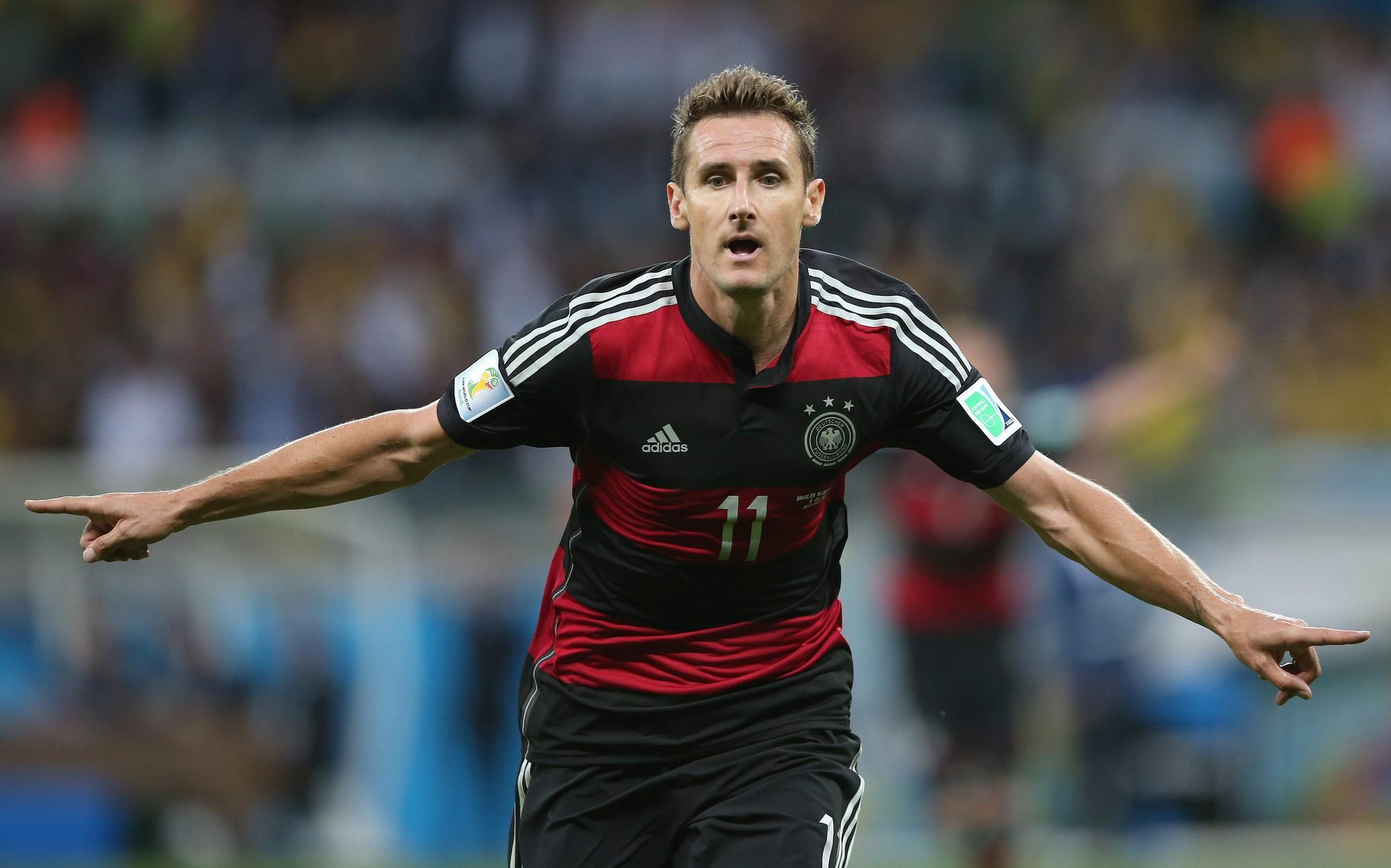 Rượu vang đỏ là bí quyết của kỷ lục gia World Cup Klose