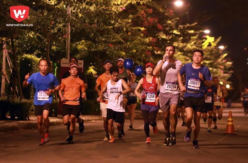 Các runner sẽ đi qua những cung đường đẹp nhất tại KĐT Phú Mỹ Hưng cùng với cây cầu Phú Mỹ nổi tiếng thế giới.
