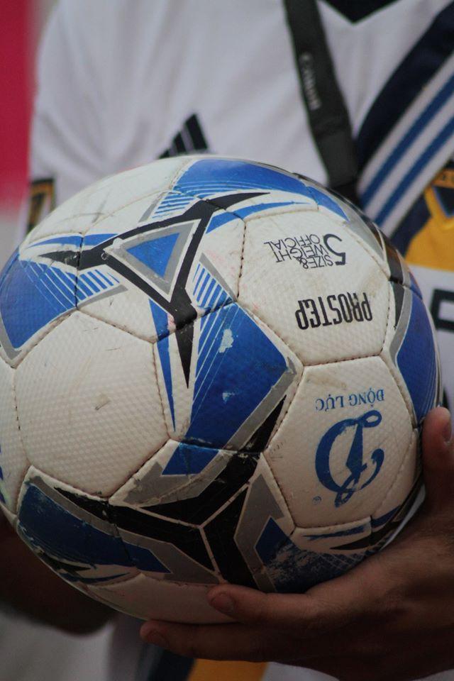 Chất lượng sơn của trái bóng dành riêng cho V.League khá kém