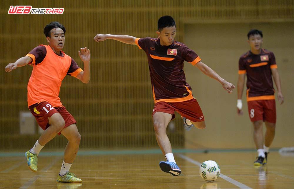 ĐT Futsal VN háo hức tập luyện chờ màn tái đấu Nhật Bản chiều nay.