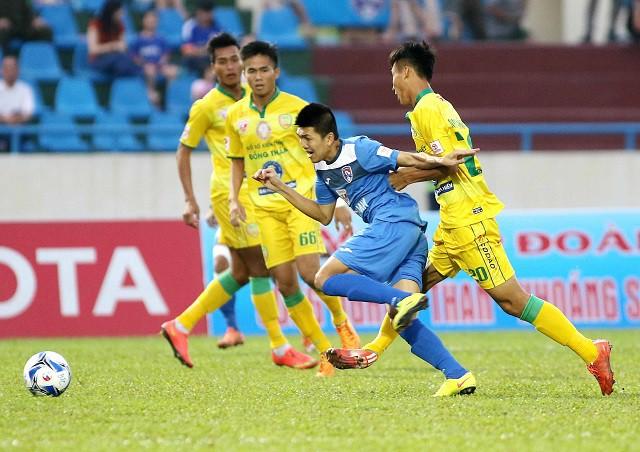 Cầu thủ ''phủi'' tỏa sáng, T.Quảng Ninh thắng dễ dàng Đồng Tháp