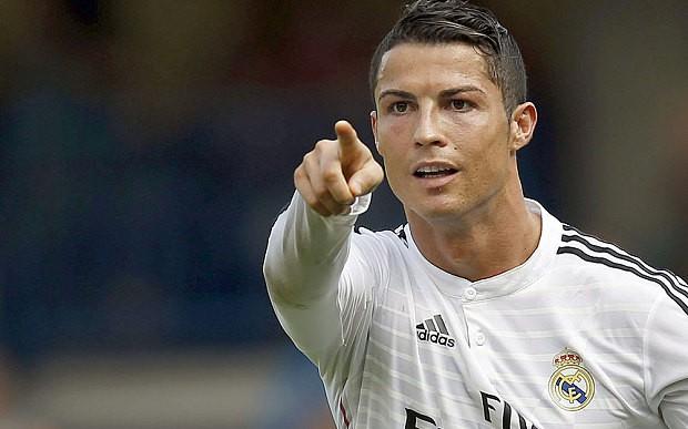 Ronaldo sang Việt Nam... du học