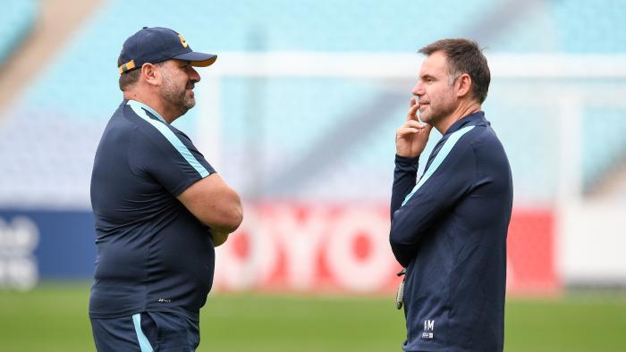 U23 Australia và HLV Ante Milicic (phải) từng đối mặt với cuộc phản đối cho cầu thủ lên tuyển từ các CLB tại A-Leagụe. Hình ảnh: Getty Images.