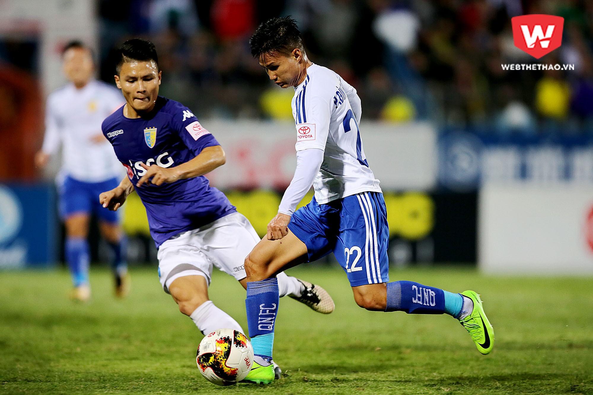 Quảng Nam FC đã đánh mất lợi thế sau trận thua trước Hà Nội FC ở vòng 25. Ảnh: Hải Đăng.
