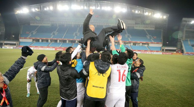 HLV Park Hang Seo cho thấy ông có thể làm tâm lý cho các cầu thủ rất giỏi. Hình ảnh: VTV.