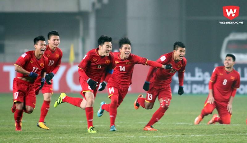 U23 Việt Nam hiện tại khác với những lứa đàn anh ở tinh thần quả cảm và kỷ luật chiến thuật rất tốt. Hình ảnh: Anh Khoa.