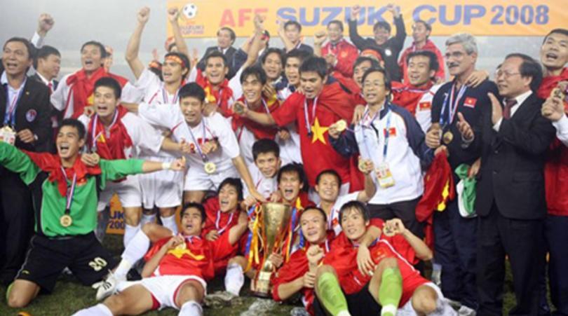 Bóng đá Việt Nam lên đỉnh AFF Cup vẫn là đỉnh cao duy nhất của bóng đá nước nhà tại khu vực Đông Nam Á.