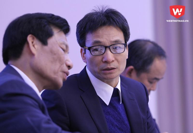 Phó Thủ tướng Vũ Đức Đam và Bộ trưởng Bộ VH,TT&DL chủ trì Hội thảo Phát triển bóng đá Việt Nam. Hình ảnh: Trung Thu.