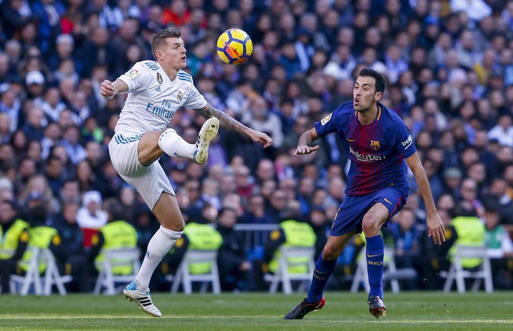Hình ảnh: Tuyến giữa Barca có phong độ tốt hơn Real