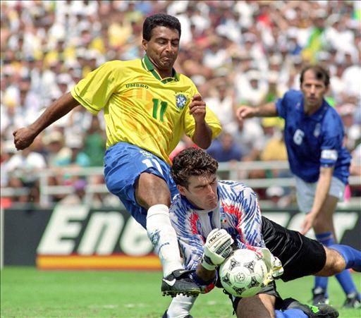 Hình ảnh: Romario tỏa sáng ở World Cup 1994 nhưng lỡ giải đấu tiếp theo