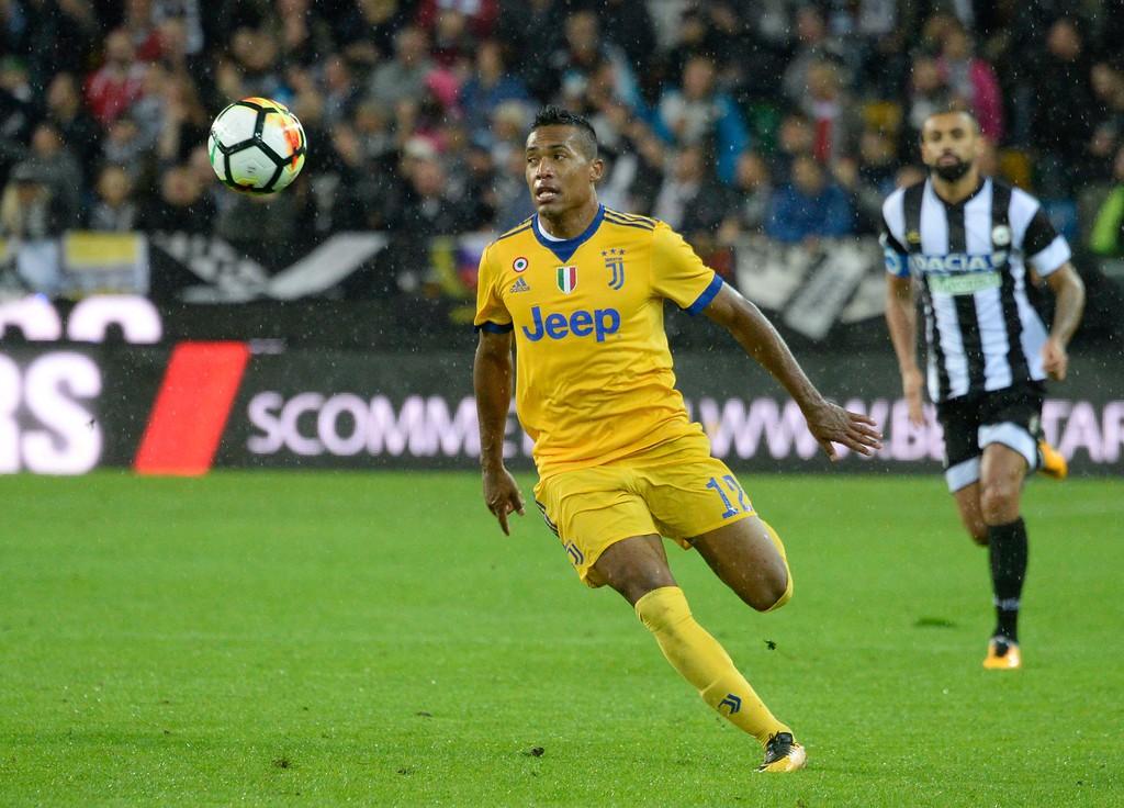 Hình ảnh: Alex Sandro vẫn là mục tiêu hàng đầu của Chelsea