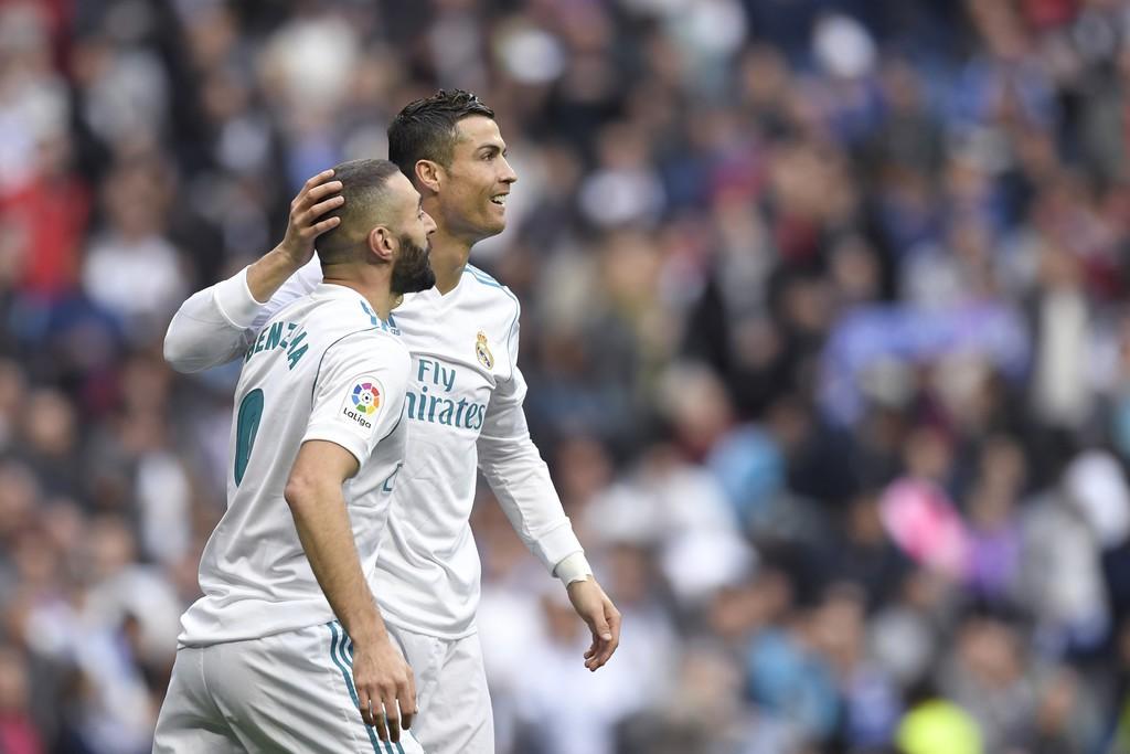 Hình ảnh: Khi chơi riêng rẽ hoặc cùng nhau, Benzema và Ronaldo mới có kết khả khả dĩ hơn trước Valencia
