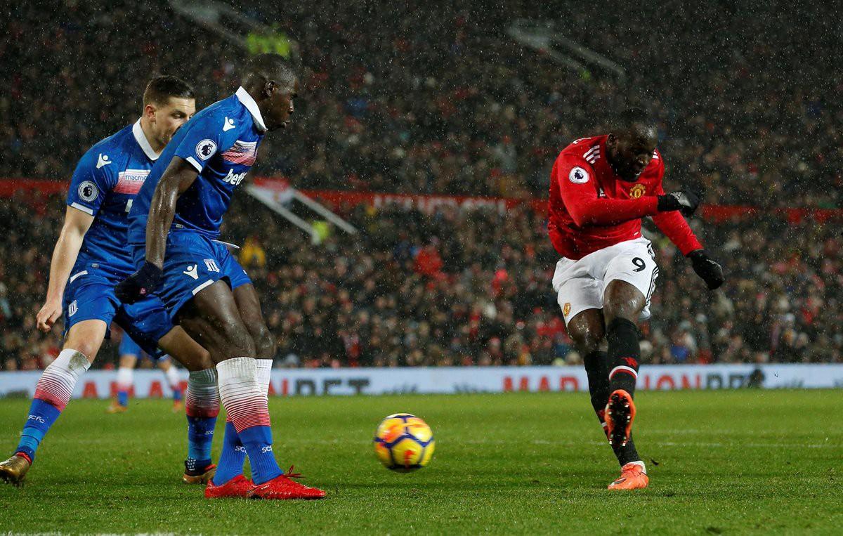 Hình ảnh: Lukaku ghi một trong 3 bàn thắng