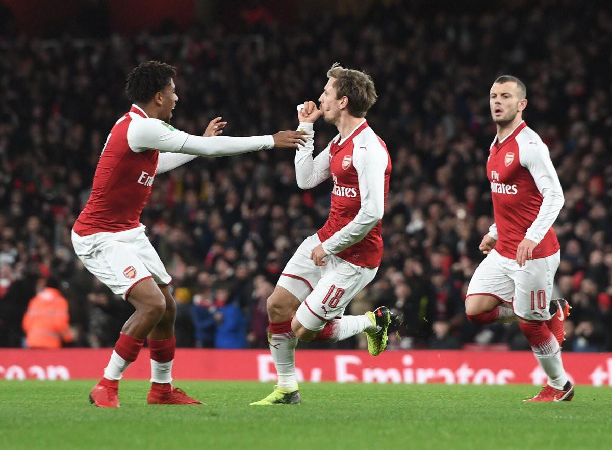 Hình ảnh: Monreal tham gia trực tiếp vào 4 bàn thắng trong 2 trận liên tiếp