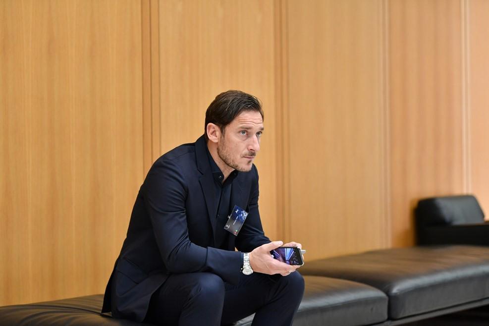 Hình ảnh: Totti đại diện cho Roma